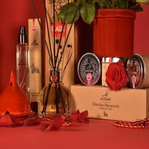 ⛔️CONCOURS TERMINÉ, Félicitation @treasuretripper ⛔️🌹♥️CONCOURS SAINT VALENTIN♥️🌹A l'occasion de la St-Valentin, Artcade met en place un nouveau JEU-CONCOURS afin de vous faire gagner ce lot de produits contenant : . -Un brûleur Eisala (couleur au choix) -Un coffret «Sélection découverte» (senteurs au choix) -Un bouquet parfumé (parfum au choix) -Un parfum d'intérieur (parfum au choix)Valeur du lot : 90 euros (Frais de port inclus) — Pour participer il vous suffit de: . ✨ Être abonné au compte @artcadefrance ✨ Liker la publication ✨ Identifier minimum trois amis en commentaires ✨ Partager la photo du concours dans votre story en nous identifiant si vous le souhaitez. — Fin du concours le DIMANCHE 14 FÉVRIER À 10H. Le tirage au sort aura lieu dans la journée. __ Concours ouvert à la France et à l'international 🌍🔴Pour maximiser vos chances de gagner, vous pouvez participer deux fois car ce concours est aussi présent sur notre Facebook , Artcade. Il y aura donc 2 gagnants. . Bonne chance à tous. 🍀 . #Artcade #Boisdecade #Artisanat #Artisanatfrancais #Creationfrancaise #Ecoresponsable #Ecofriendly #Original #Authentique #Naturel #Brut #Passion #Fragrance #Madeinfrance #Nimes #Provence #Since1992